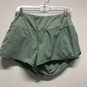 Reebok athletic shorts workout running mini B2